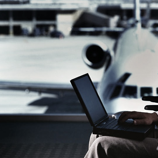 wi-fi_sigur_in_aeroporturi